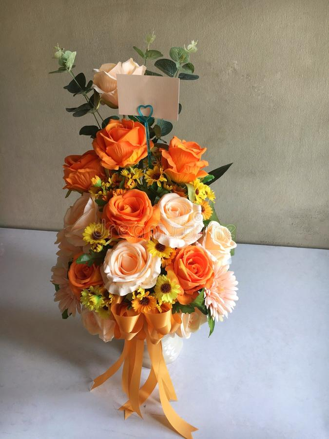 Fleur orange de tissu image stock