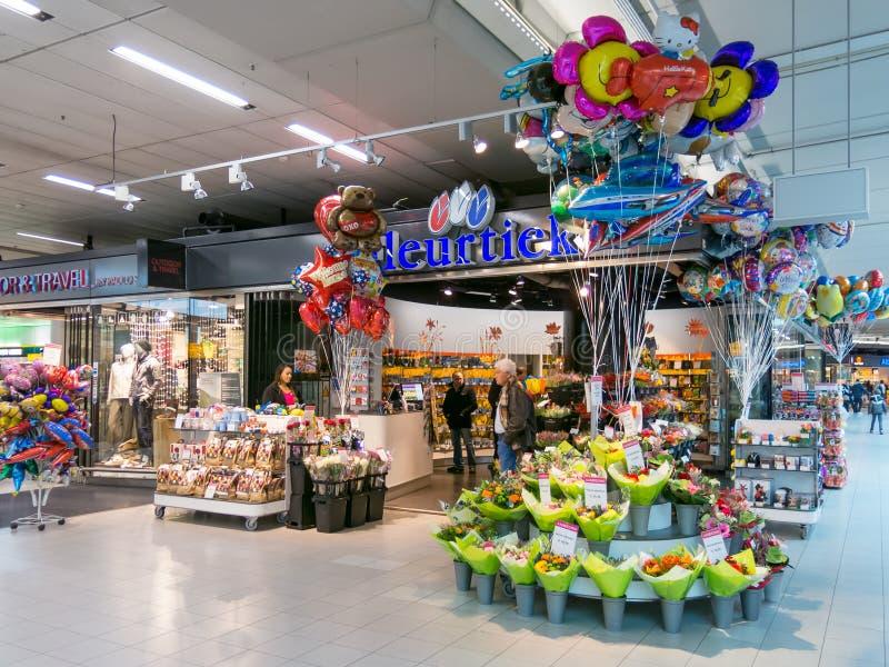 Fleuriste à l'aéroport de Schiphol Amsterdam, Hollande photographie stock libre de droits