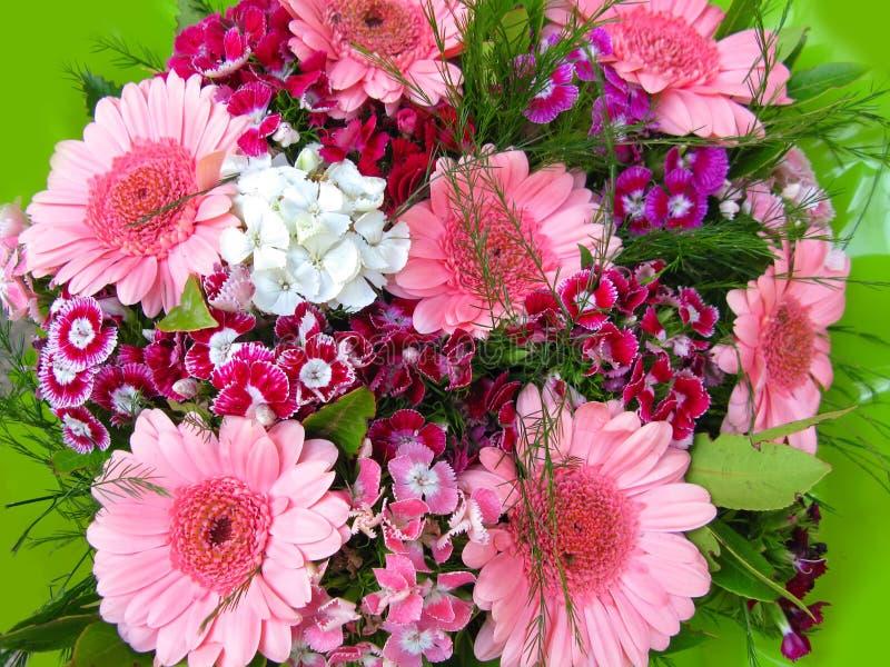 Fleurit le bouquet photographie stock