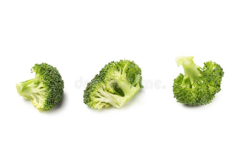Fleurons crus organiques verts sains de brocoli prêts pour la cuisson photos libres de droits