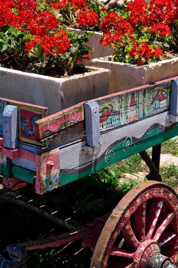 Fleurs de chariot photographie stock
