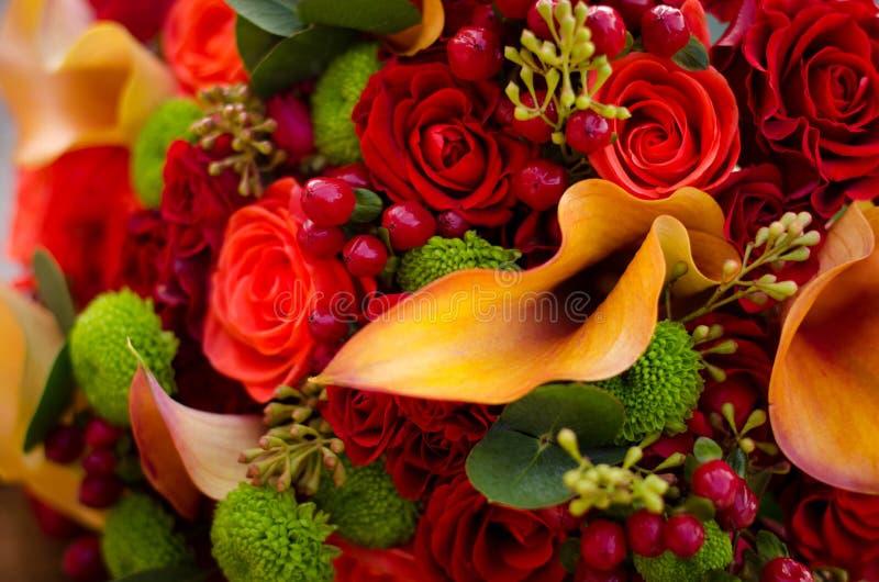 Fleurs de mariage d 39 automne image stock image du vert for Bouquet de fleurs lumineux