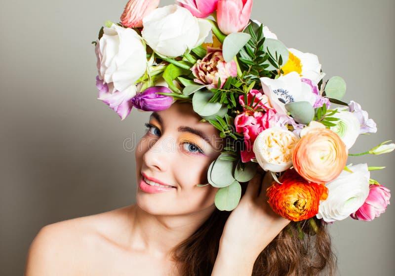 Fleurs de ressort, coiffure de floraison de nature et composer image libre de droits