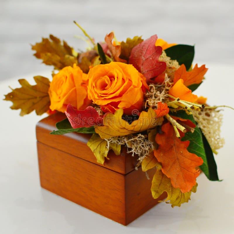 Fleurs sèches pour un décor intérieur photos stock