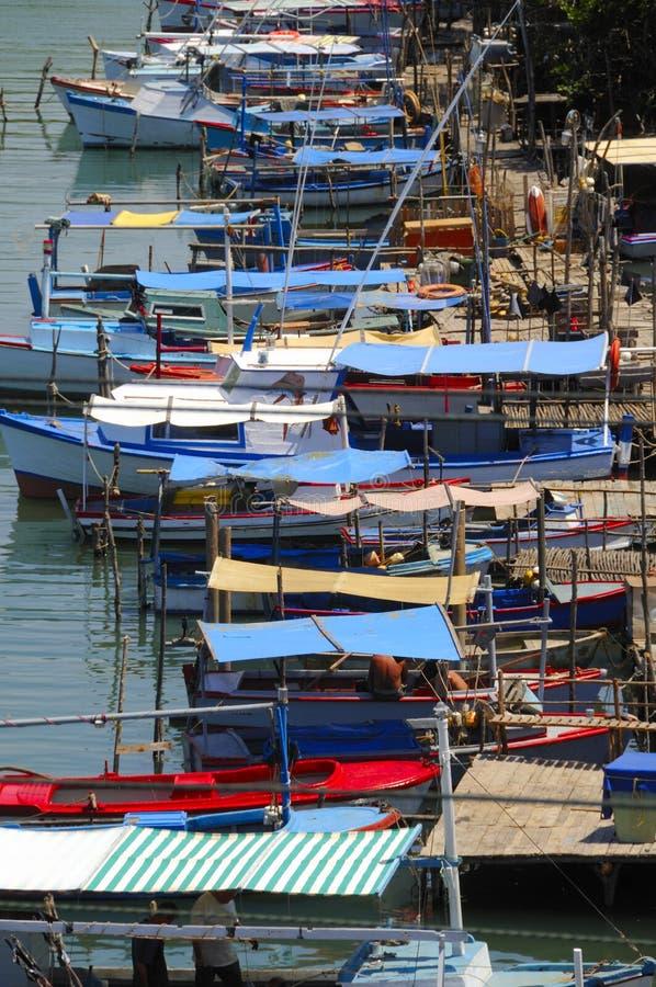 Fleuve Cubain De Pêche De Bateaux Photographie stock