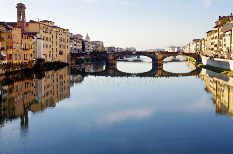 Fleuve d'Arno à Florence photographie stock