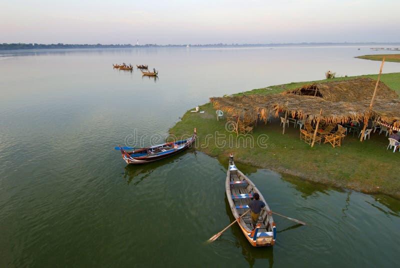 Fleuve d'Irrawaddy dans myanmar photographie stock libre de droits