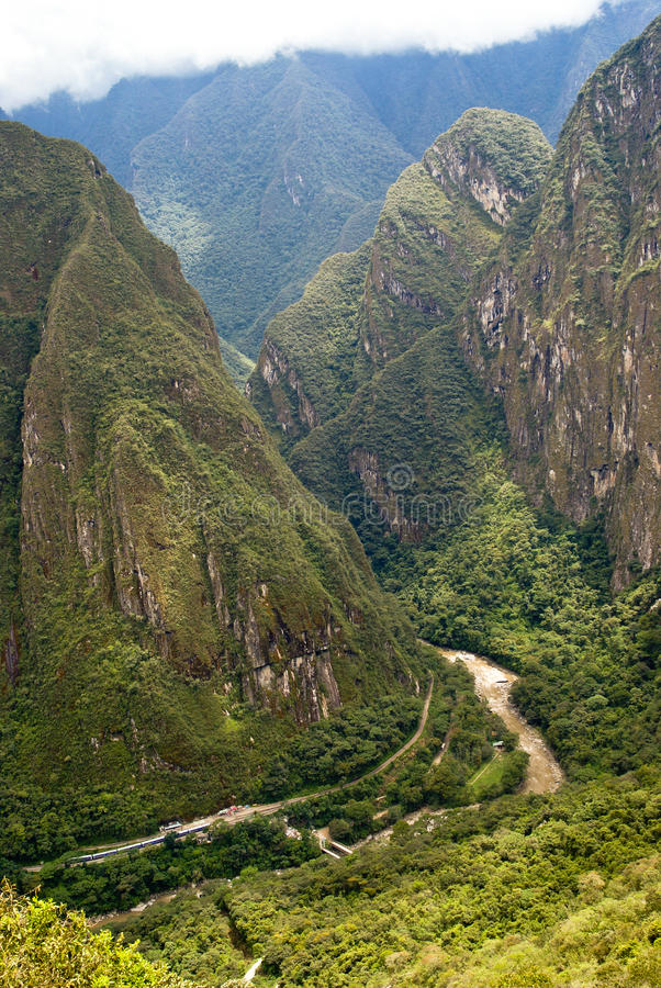 Fleuve d'Urubamba chez Machu Picchu, Pérou photo libre de droits