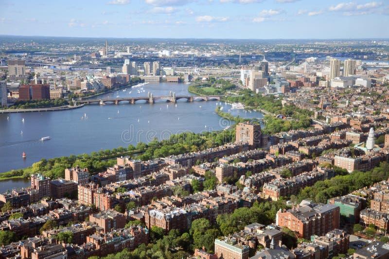 Fleuve de Charles et compartiment arrière, Boston photographie stock