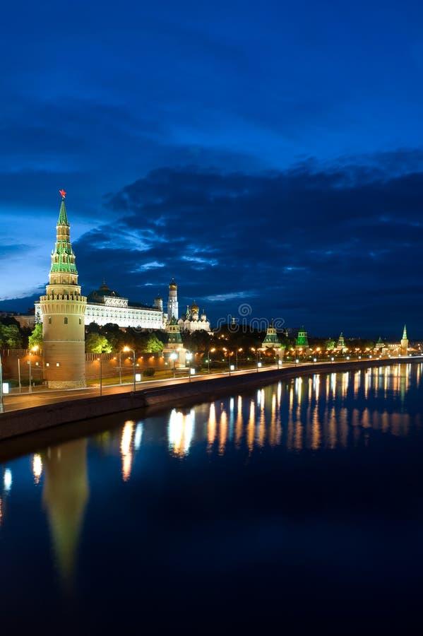 Fleuve de la Russie Kremlin et de Moscou images stock