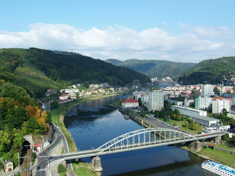 fleuve de labe de decin photo stock