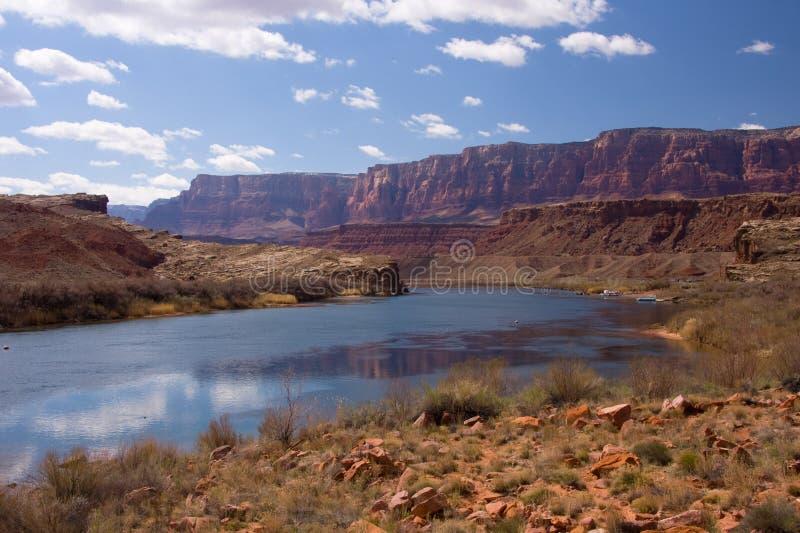 fleuve de lie de bac de croisement du Colorado photo stock