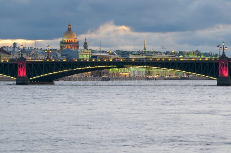 Fleuve de Neva, St Petersburg, Russie. images libres de droits