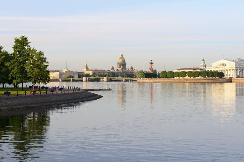 Fleuve de Neva - St Petersburg, Russie. images libres de droits
