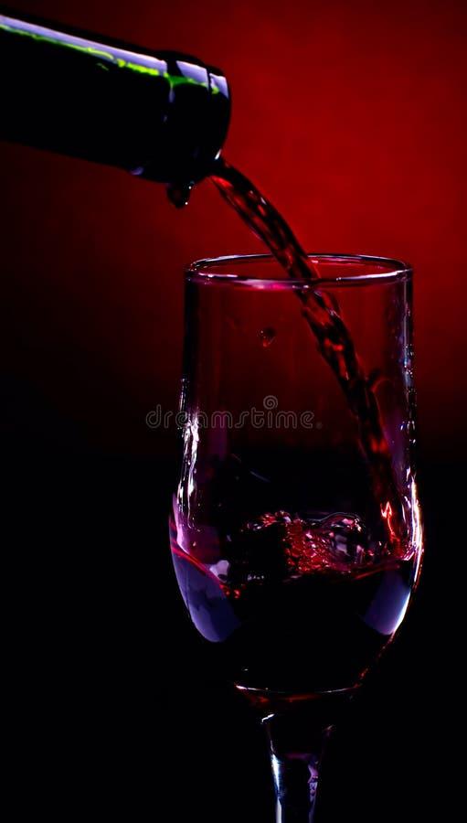 Fleuve de vin rouge photographie stock libre de droits