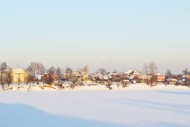 Fleuve figé de Neva photographie stock