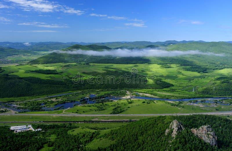 fleuves de montagnes photographie stock
