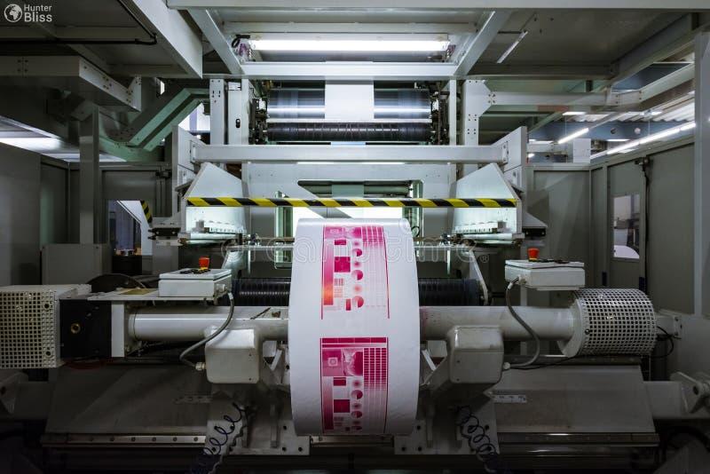 Flexography-Rollenmaterielle Druckschrift-Zylinder-Produktion Ind lizenzfreie stockfotos