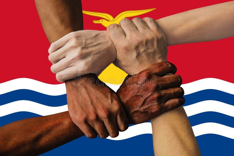 FlFlag de Kiribati, integraci?n de un grupo multicultural de gente joven imagenes de archivo