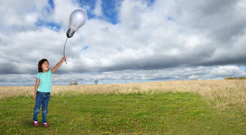 Flicka fantasi, idéer, mål, framtid royaltyfri foto