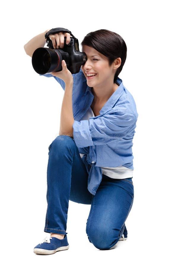 Download Flicka-fotograf Tagandeknäpp Fotografering för Bildbyråer - Bild av glatt, härlig: 37345855