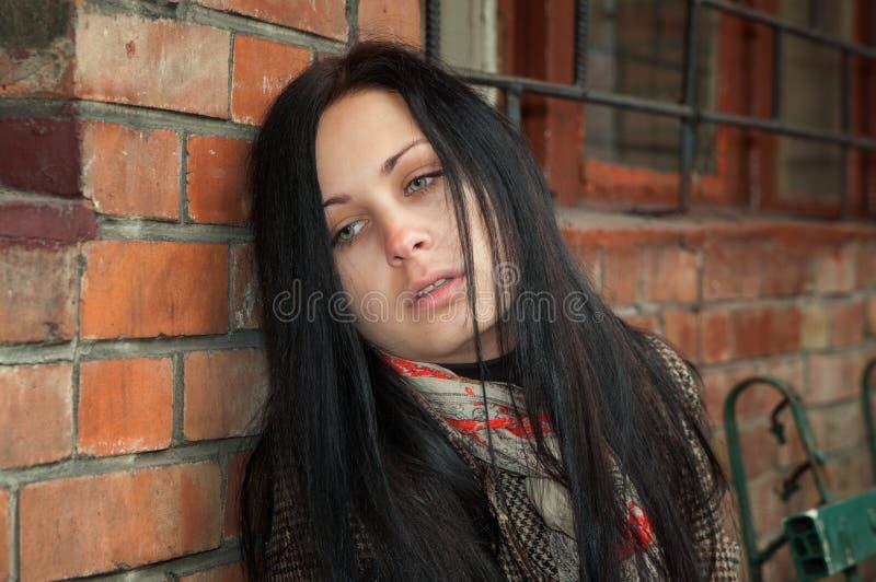 Flicka i fördjupning arkivfoto