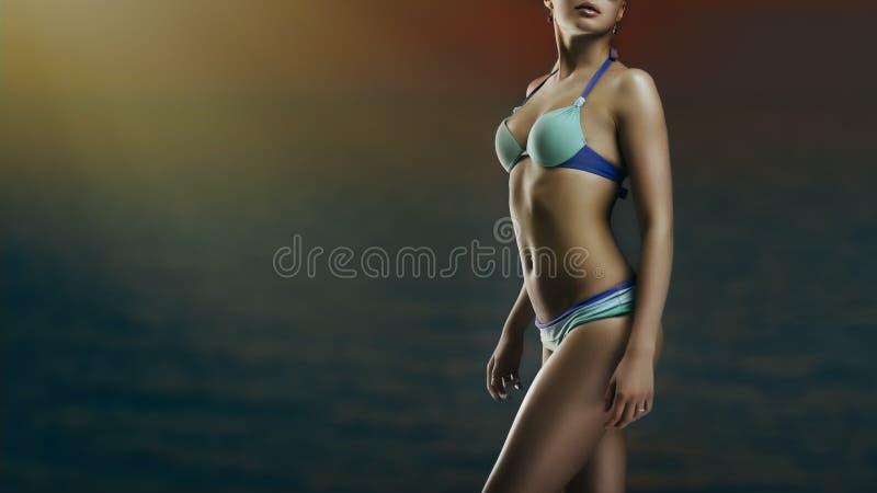 Flicka i swimwear arkivbilder