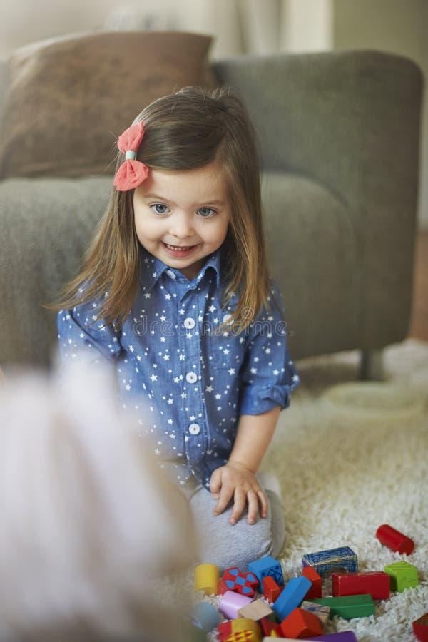 flicka little sötsak arkivfoton