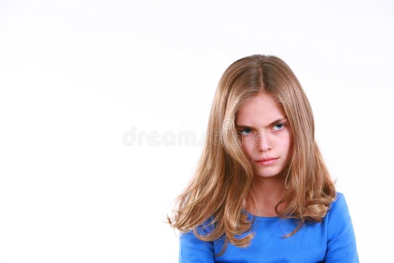 flicka little som är tokig arkivfoto