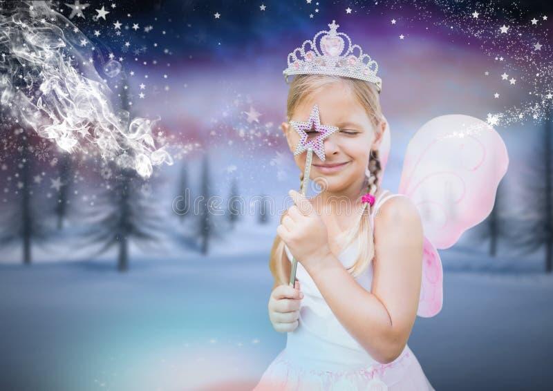 Flicka med den felika prinsessadräkten och den fryste vinterskogen stock illustrationer