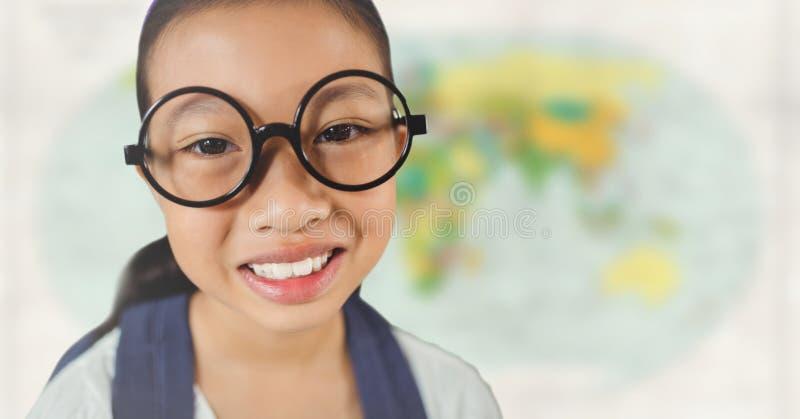 Flicka med exponeringsglas som ler mot oskarp översikt vektor illustrationer