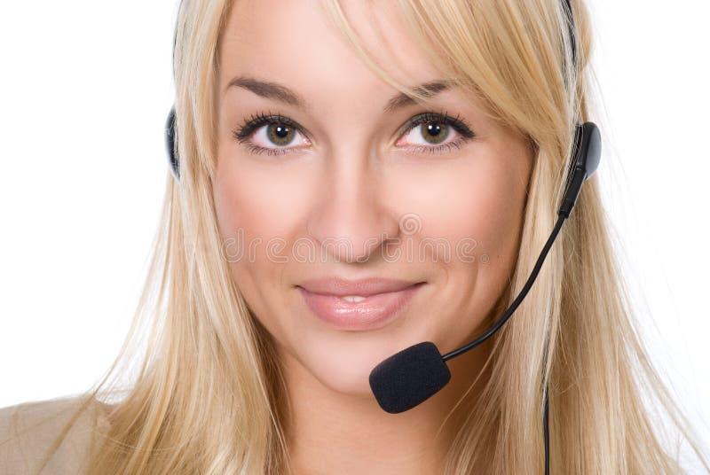 Flicka med hörlurar med mikrofon arkivfoton