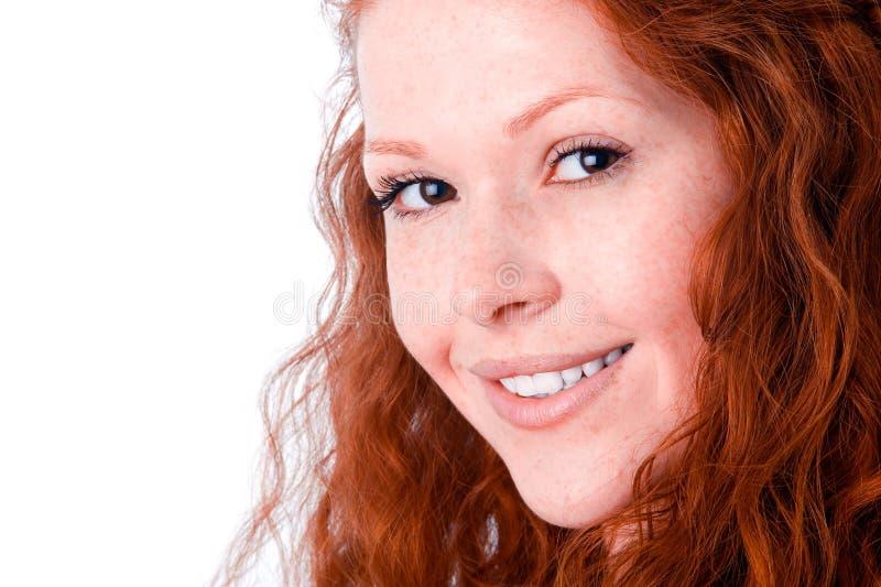 flicka som ler uppriktigt royaltyfri foto