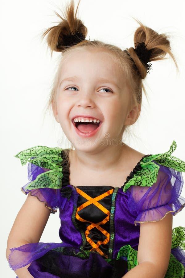 flicka som skrattar litet barn fotografering för bildbyråer