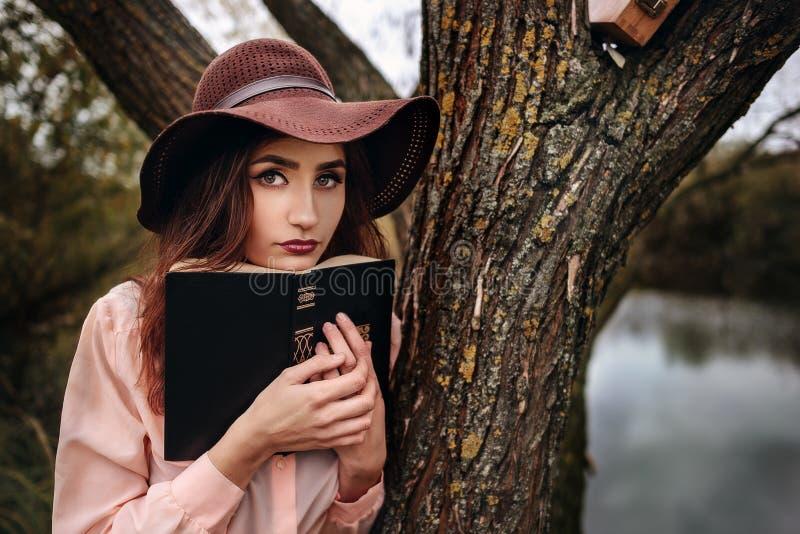 Flicka-student s arkivfoton