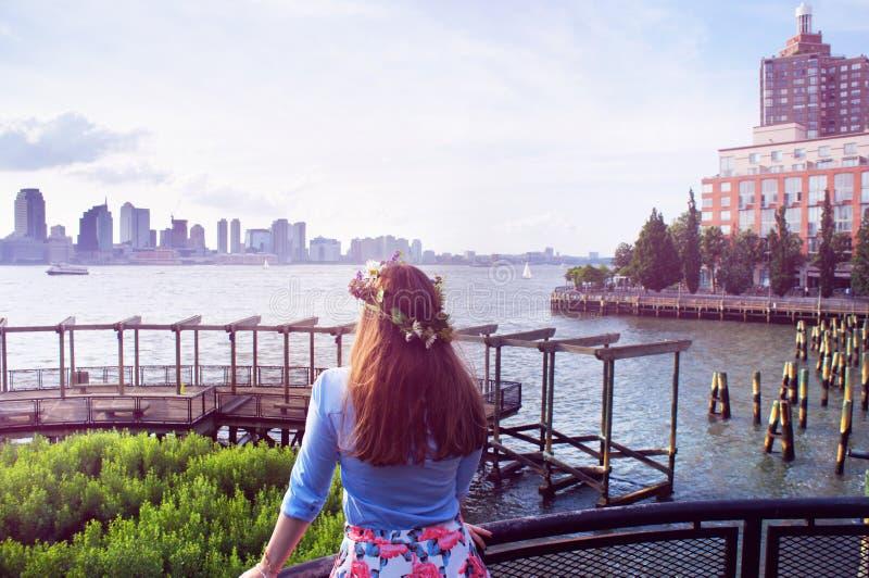 Flickablick på Manhattan och Jersey City byggnadspanorama royaltyfri fotografi