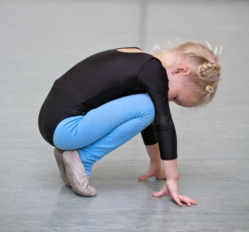 flickagymnast arkivfoton