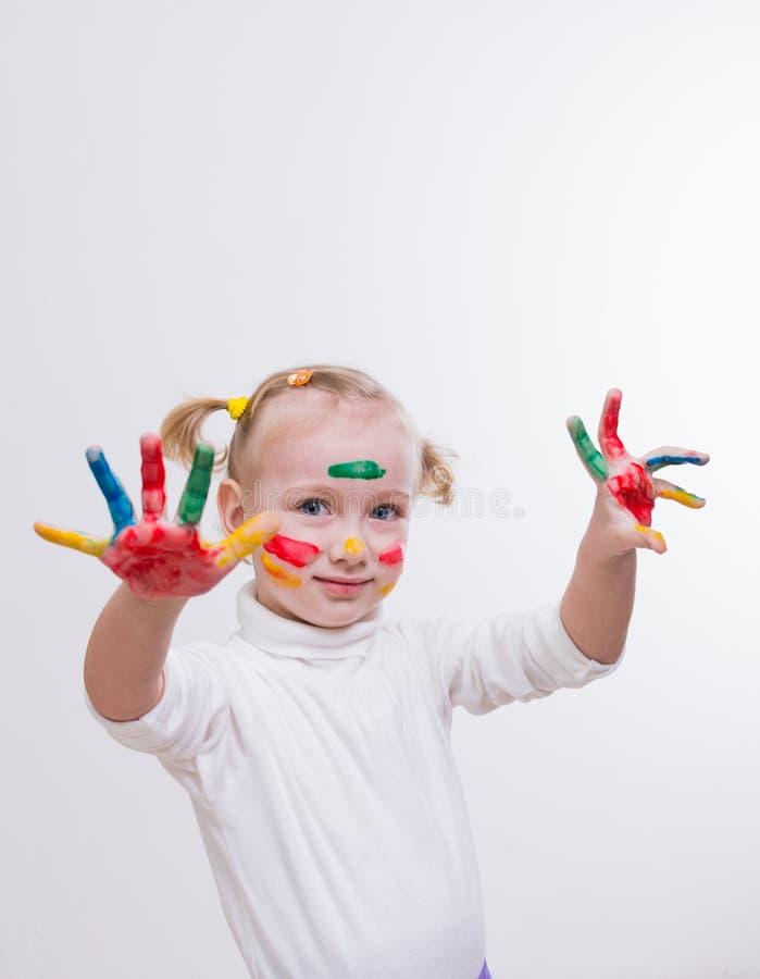 flickan hands målarfärg royaltyfri fotografi
