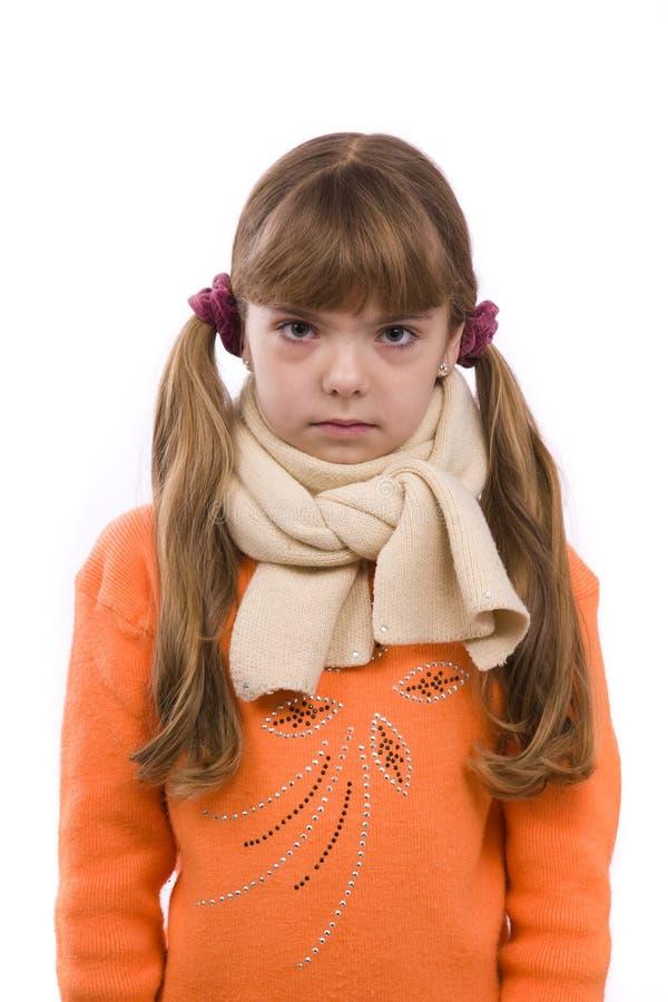 flickan har little sjuk öm hals royaltyfri fotografi