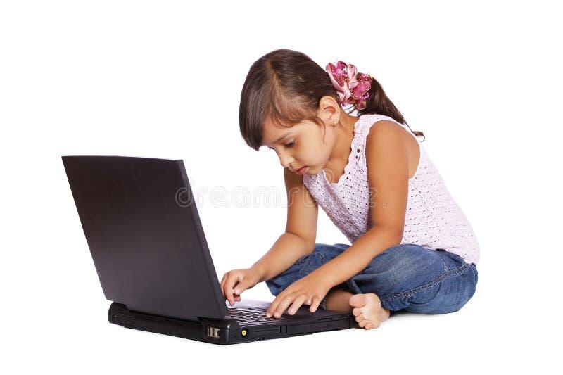 flickaungebärbar dator arkivbild
