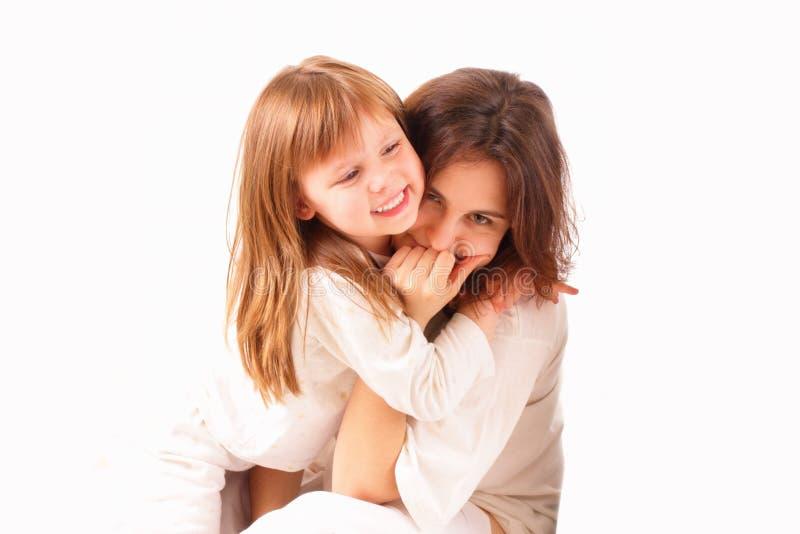 flickor lyckliga tillsammans två arkivfoton