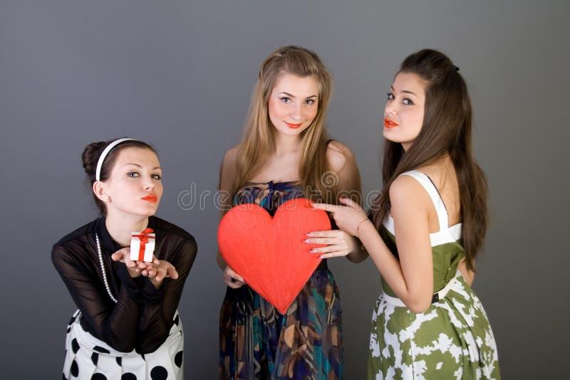 flickor lyckliga tre royaltyfri foto