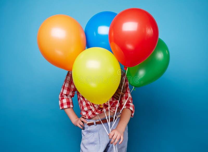 Flickor med ballonger arkivbilder