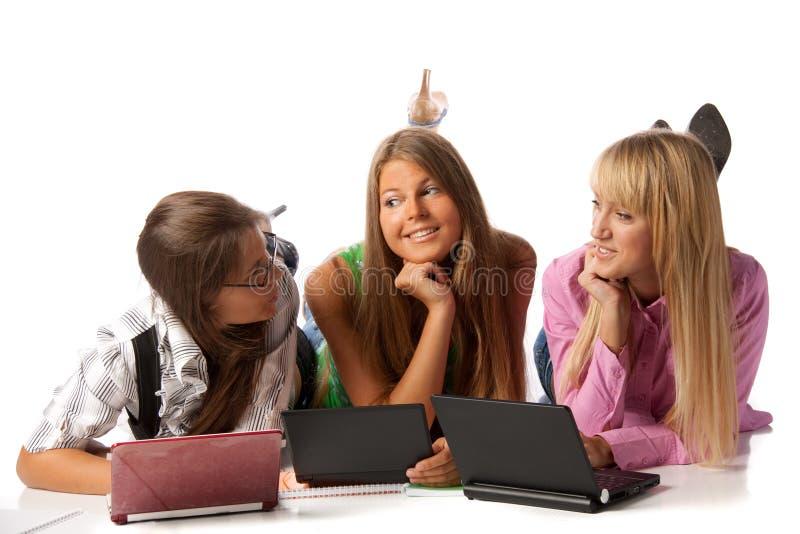 flickvänbärbar datorlay royaltyfria foton