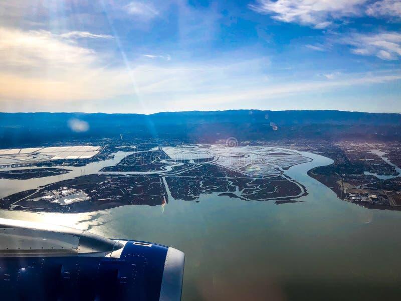 Fliegen in San Francisco National Airport stockfoto