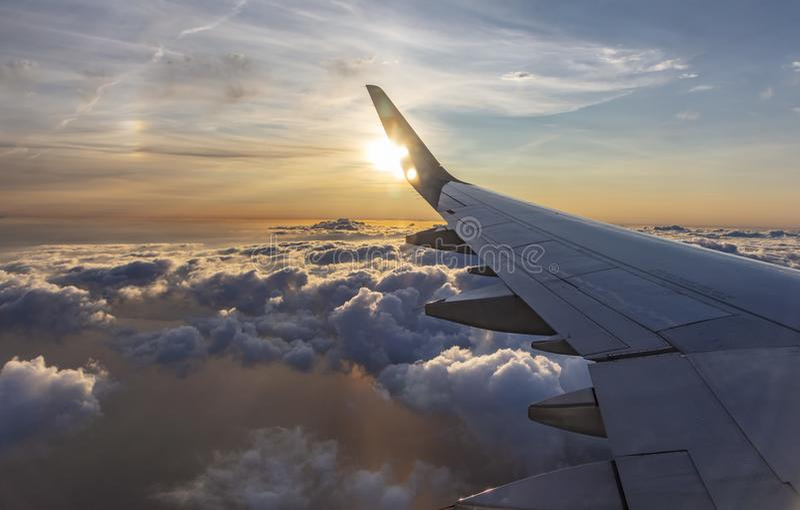 Fliegen und Reisen stockfotos