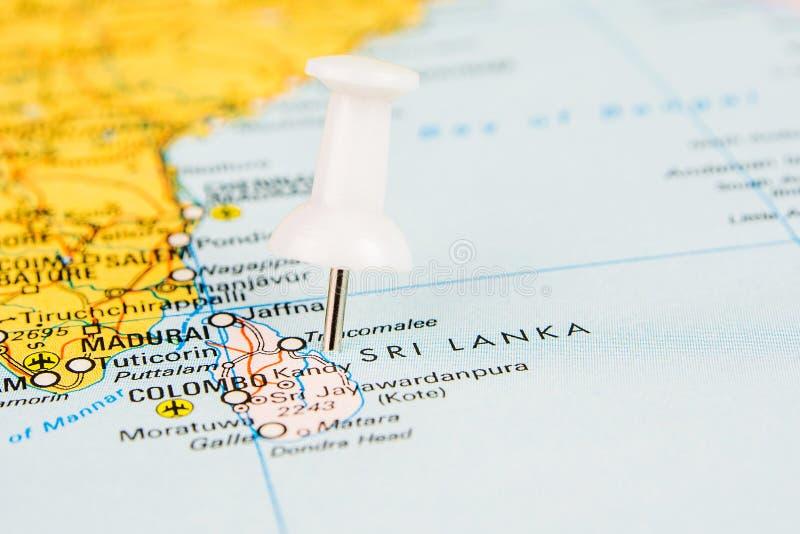 Fliegen zu Sri Lanka lizenzfreies stockfoto