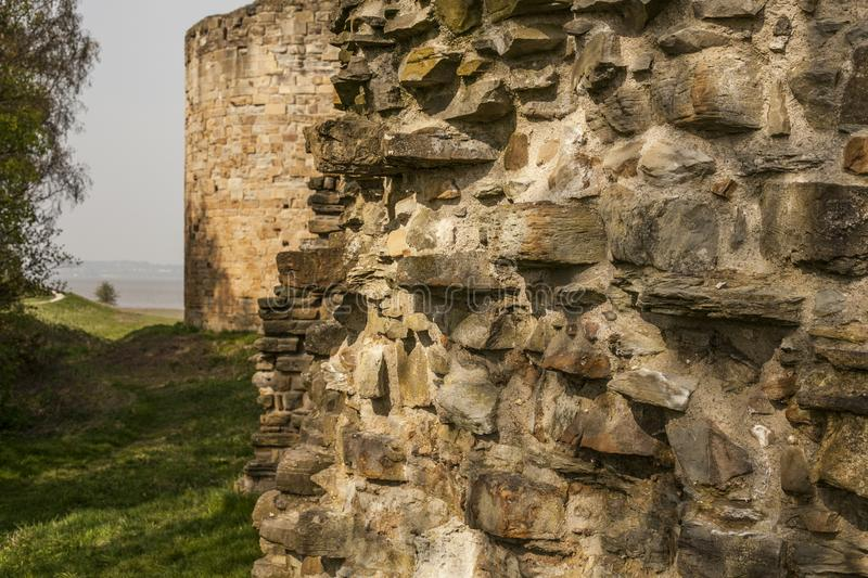 Flint Castle, Walses, close-up das paredes de pedra fotografia de stock