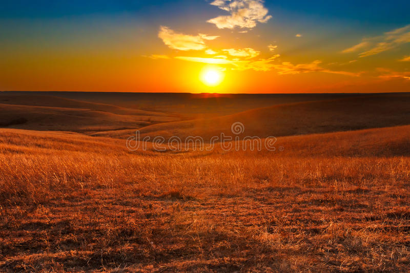 Flint Hills do por do sol de Kansas fotografia de stock royalty free