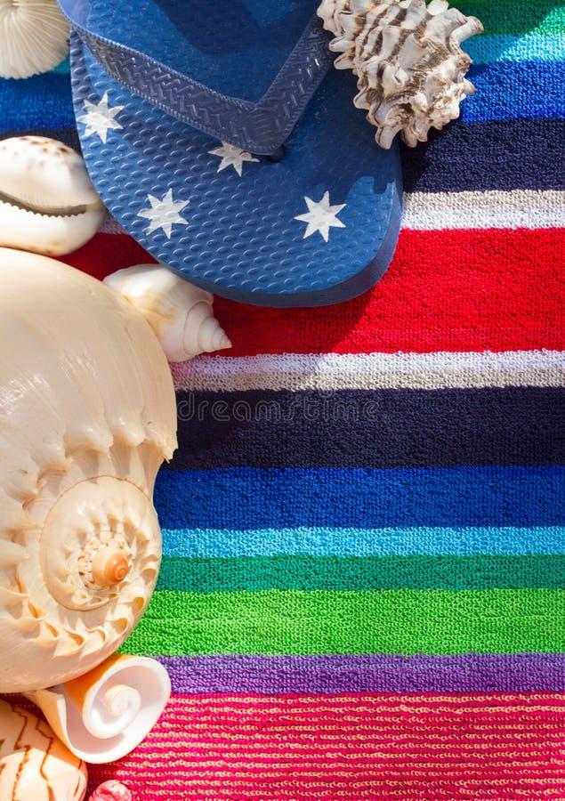 Flipmisslyckanden på strandhandduken royaltyfri fotografi